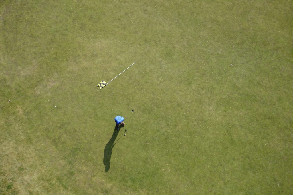 unsplash golf